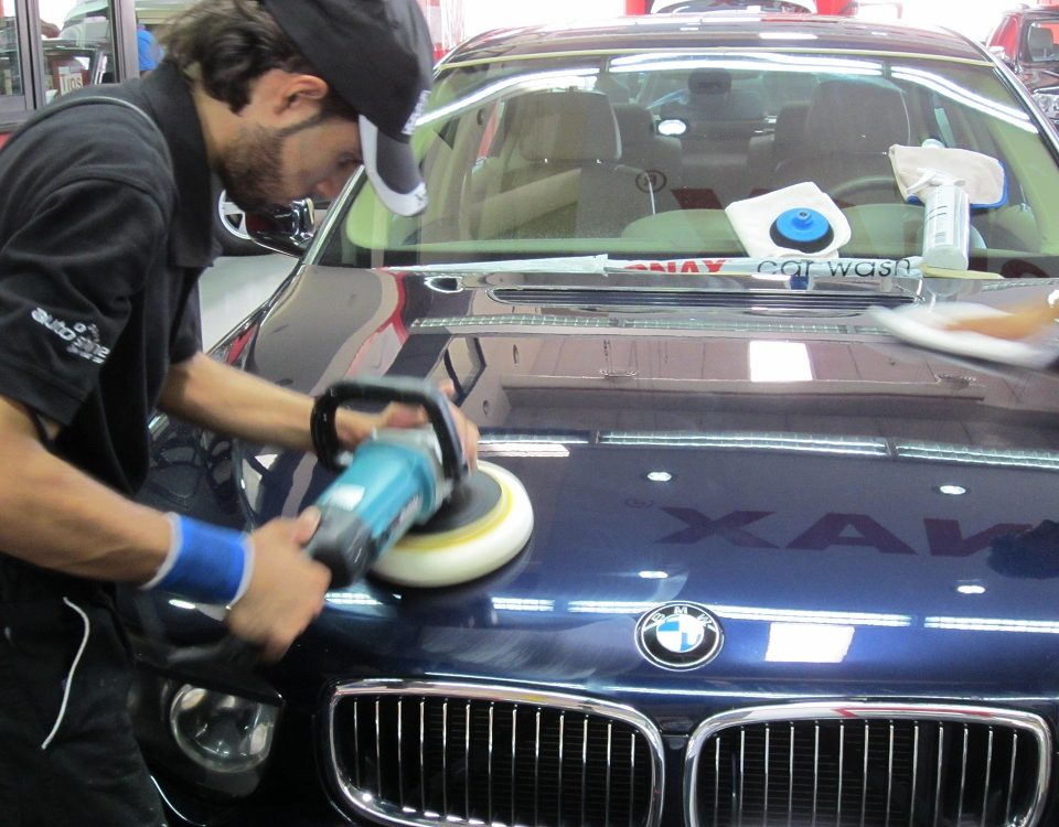 car polishing